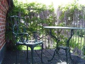 accommodation-balcony